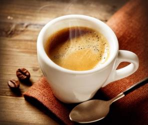 Coffee may help our long-term memories, a study suggests.