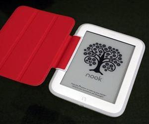 In this Monday, Oct. 28, 2013 file photo, Barnes & Noble's e-reader, Nook GlowLight, is demonstrated in New York.