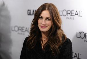 Actress Julia Roberts attends the 20th annual Glamour Women of the Year Awards at Carnegie Hall in New York, on Monday, Nov. 8, 2010.