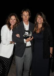 Julia Roberts, from left, Danny Moder, and Karen Hall pose for a photo at Heal The Bay's Bring Back the Beach Gala, Thursday, May 17, 2012, at The Jonathan Club in Santa Monica, Calif.