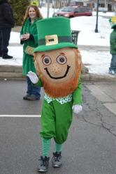 Vegas officials put a police officer dressed as a leprechaun near a school to curb jaywalkers.