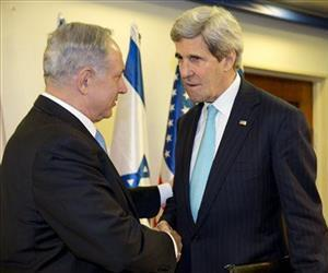 US Secretary of State John Kerry, right, meets with Israeli Prime Minister Benjamin Netanyahu in Jerusalem, March 31, 2014.