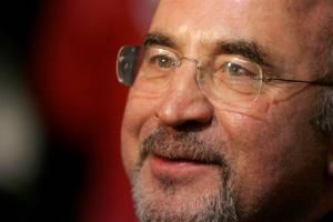 Bob Hoskins gives an interview as he arrives at a gala screening for the film 'Hollywoodland' as part of the London Film Festival at a West End cinema in Leicester Square, London, Oct. 30, 2006.