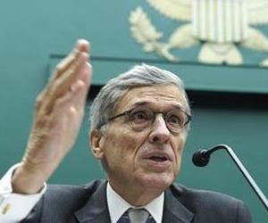 Federal Communications Commission (FCC) Chairman Tom Wheeler testifies on Capitol Hill, Dec. 12, 2013.