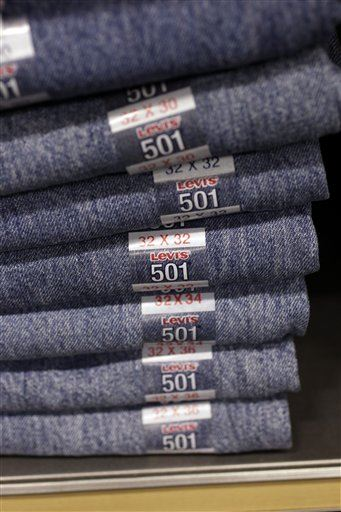 Levi 39 s ceo no need to wash your jeans - Levis ceo explains never wash jeans ...