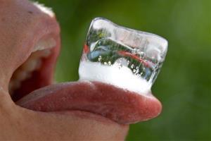 Eating ice actually burns calories, says an expert.