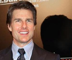 Actor Tom Cruise attends a photo call  for the French premiere of the Edge of Tomorrow, in Paris, Wednesday, May 28, 2014.