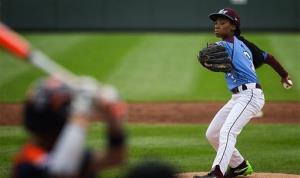 Philadelphia's Mo'ne Davis delivers a pitch during the team's 4-0 win over Nashville Friday.