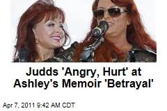 Ashley Judd Memoir Angers Naomi, Wynonna Judd