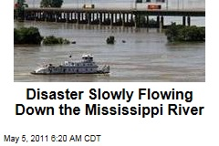 Mississippi River Towns Steel for Massive Floods