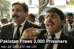 Pakistan Frees 3,000 Prisoners