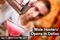 'Male Hooters' Opens in Dallas