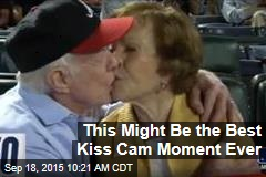This Might Be the Best Kiss Cam Moment Ever