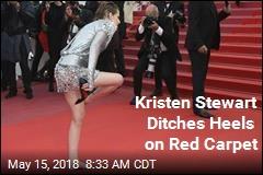 Kristen Stewart Makes a Statement in Bare Feet