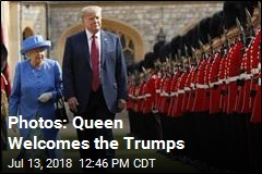 Photos: Queen Welcomes the Trumps