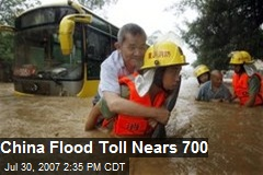 China Flood Toll Nears 700
