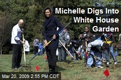 Michelle Digs Into White House Garden